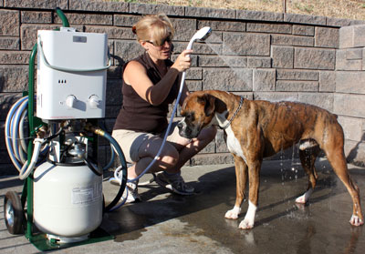 Decker's Portable Hot Water Pet Shower